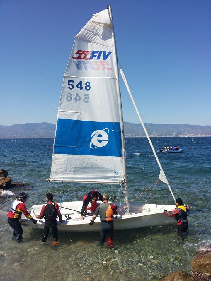 Corsi istruttori di vela FIV in Calabria per garantire sicurezza in mare e rispetto per l'ambiente