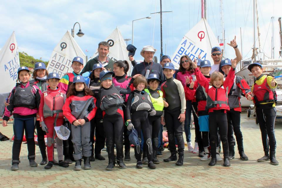 Scuola di vela le foto del raduno zonale Optimist di Crotone