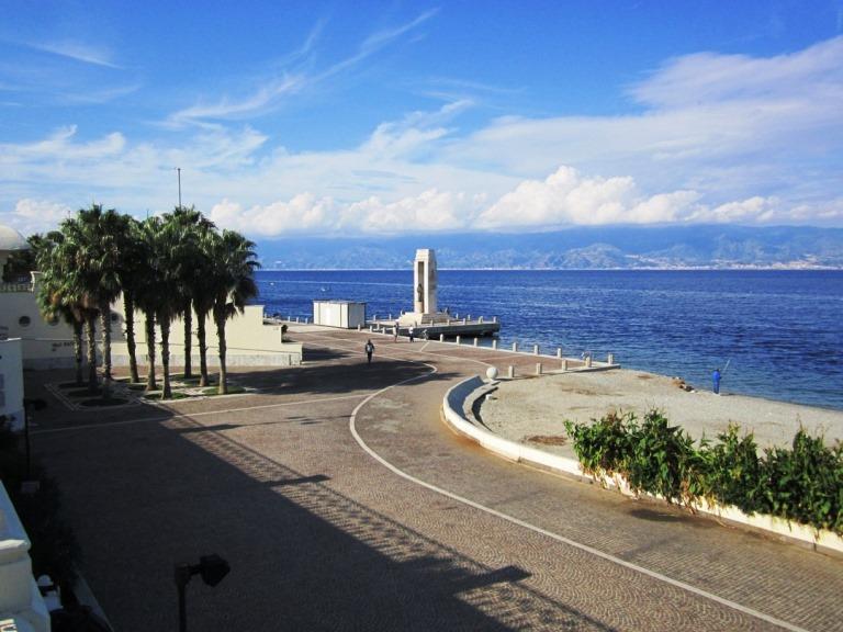 Vela a Reggio Calabria: al via le regate organizzate dal ...