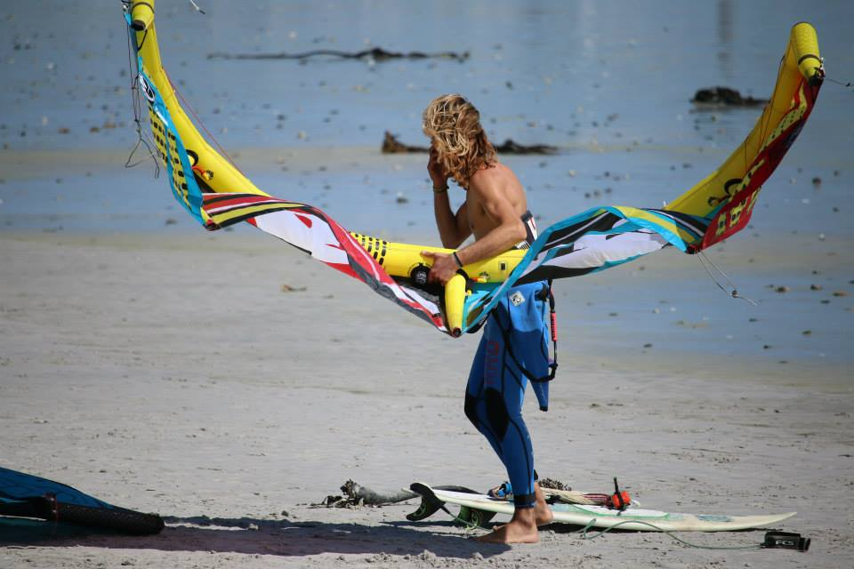Kite, Cili and rock 'n' roll intervista al campione di kitesurf Tony Cili, il re delle onde (e del vento) (5)