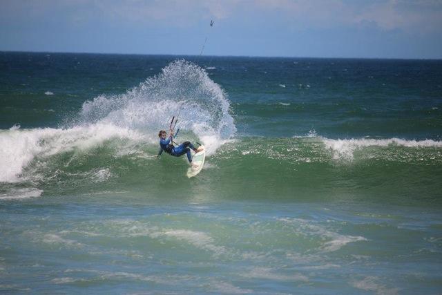 Kite, Cili and rock 'n' roll intervista al campione di kitesurf Tony Cili, il re delle onde (e del vento) (7)