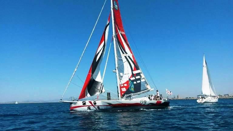 A gonfie vele nel golfo di Cagliari (2)