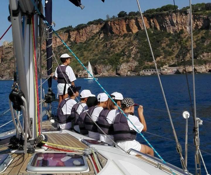 In barca con il Centro velico Lampetia nelle acque di Cetraro
