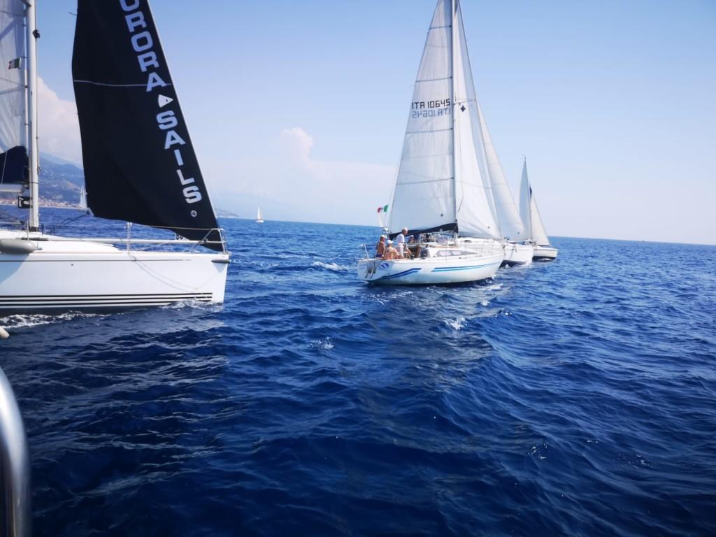 imbarcazioni-alla-partenza